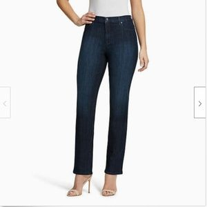 Gloria Vanderbilt Women's Amanda Classic Tapered